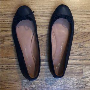 Gap Black Leather Ballet Flat